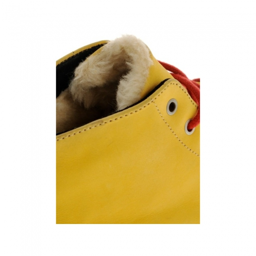 Globe Crusade Golden Yellow/Fur
